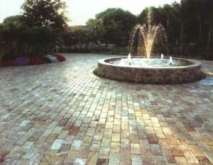 Pavers masonry contractor NJ Paver driveway with fountain home builder NJ